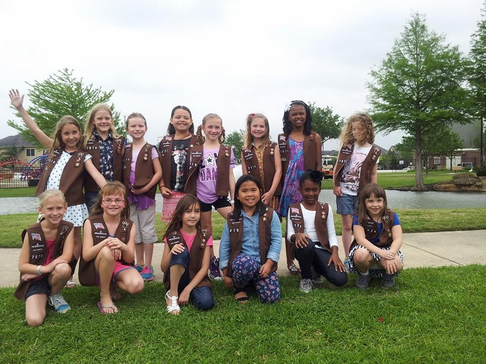 Brownie Troop Service Project Warns Drivers to Slow Down for Ducks |
