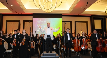 Conductor Andrzej Graiec presents the Virtuosi of Houston