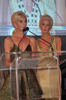 Idential twins Tama Lindquist and Tena Lindquist Faust
